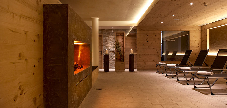 Hotel Karwendelhof, Seefeld, Austria - relaxation area 2.jpg